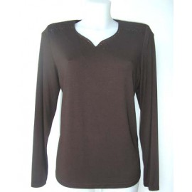 CAMISETA MARRON CON STRASS