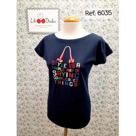 Camiseta azul marino de Lili Dudu