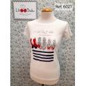 Camiseta blanca con estampado de Lili Dudu